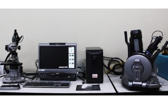 デジタルマイクロスコープ走査型電子顕微鏡の写真