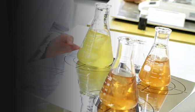 樹脂開発の写真